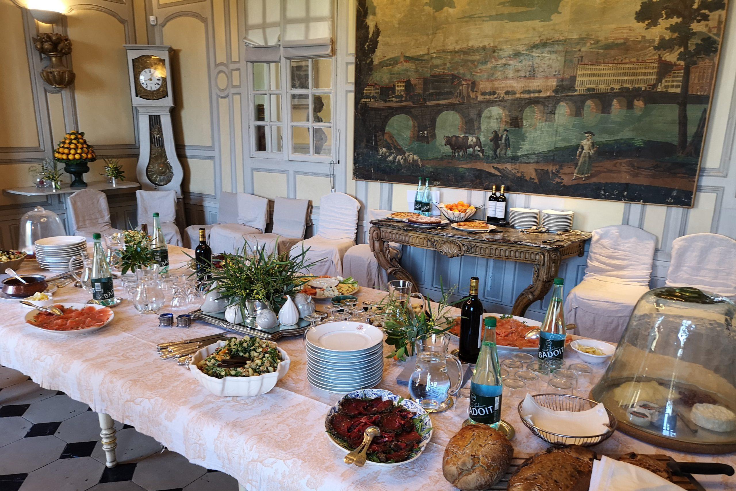 Charmilles des Cordeliers - Table Repas buffet